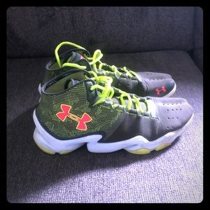 Under Armour men's cross training sneakers